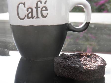 Kaffeetasse mit Kaffeesatz